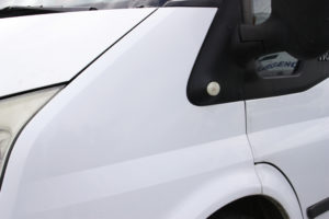 limipieza de grasa y arañazos furgoneta micromagic